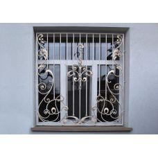Кованая решетка на окно арт. 046185
