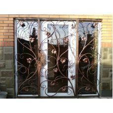 Кованая решетка на окно арт. 046186