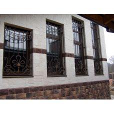 Кованая решетка на окно арт. 046191