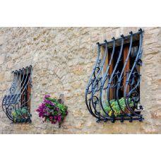 Кованая решетка на окно арт. 046192