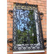 Кованая решетка на окно арт. 046195