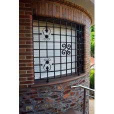 Кованая решетка на окно арт. 046198