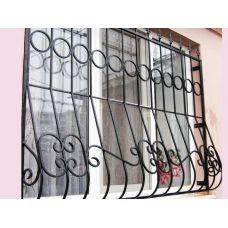 Кованая решетка на окно арт. 046174
