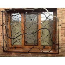 Кованая решетка на окно арт. 046177